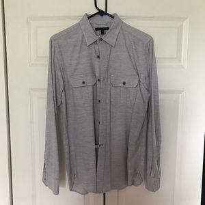 Banana Republic long sleeved heather grey shirt